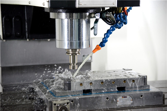 Plastic tooling - CNC machining process